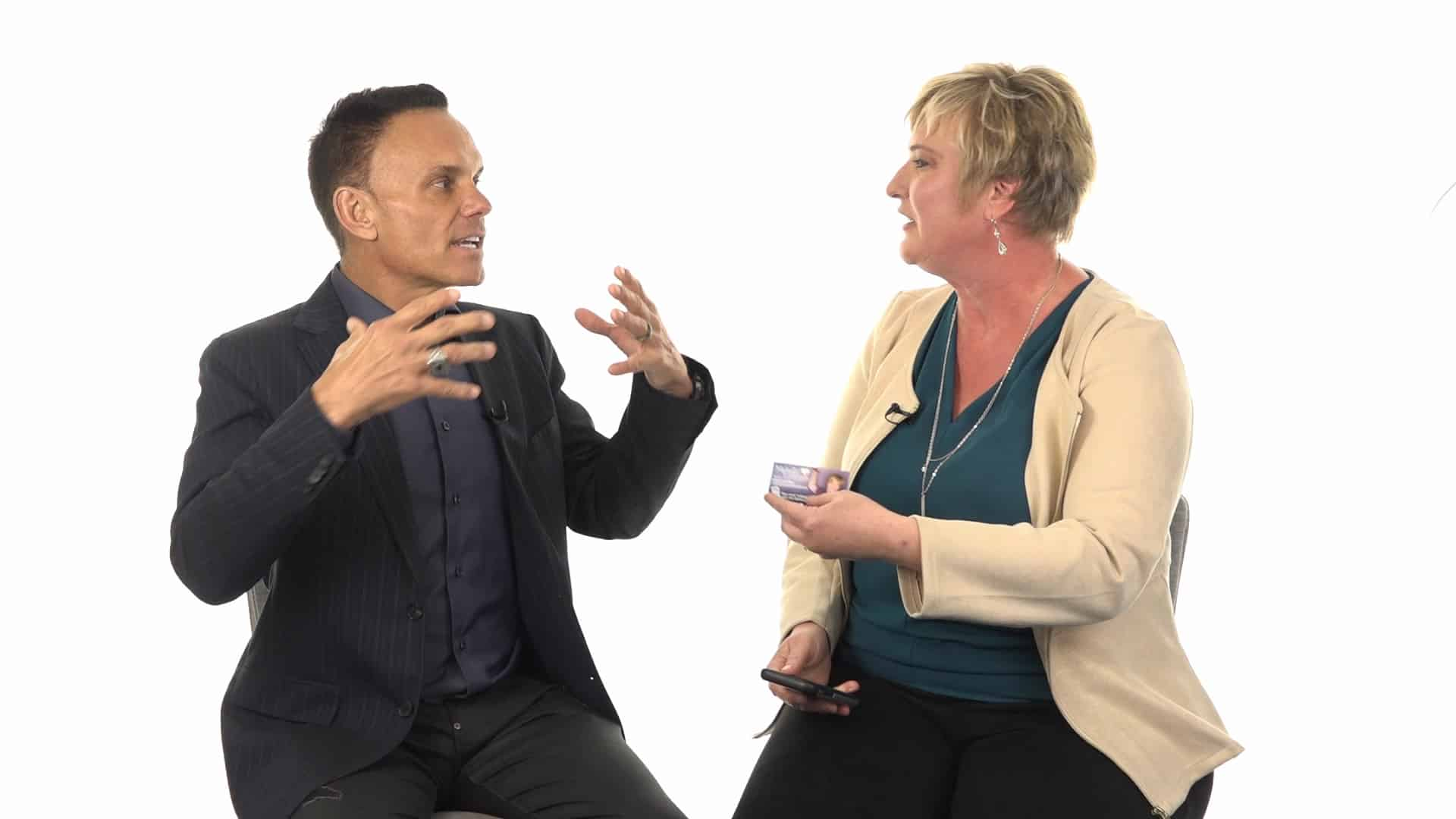 Kevin Harrington Interviews Michelle Calloway CEO of REVEALiO